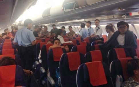 Travel tip shanghai flights the earlier the better for Interieur avion easyjet